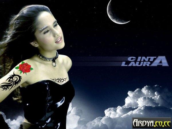 cinta_laura