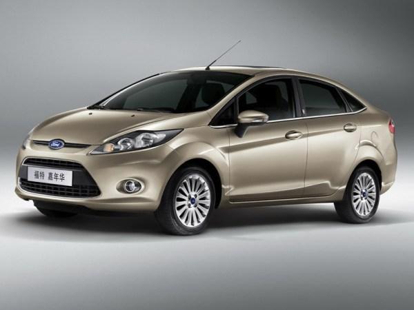 Ford-Fiesta_Sedan_2010_01