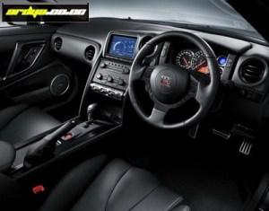 Nissan-GT-R_SpecV_in